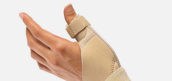 Перелом пальця: ознаки, лікування, розробка пальця